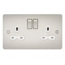 Knightsbridge FPR9000PLW Flat plate 13A 2G DP switched socket - pearl with white insert
